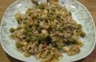 Грибы с сыром и зеленым горошком