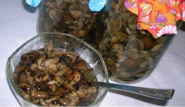 Грибы в кисло-сладкой заливке
