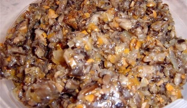 Икра из грибов и моркови (вариант II)