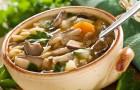 Картофельный суп со свежими грибами