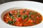 Консервированный грибной суп с томатами