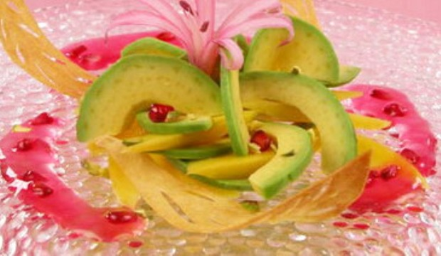 Меренги с фисташками, манго и киви