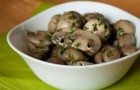 Стерилизованные маринованные грибы