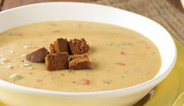 Суп из свежих грибов с гренками