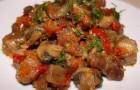 Тушеное мясо с фасолью и грибами