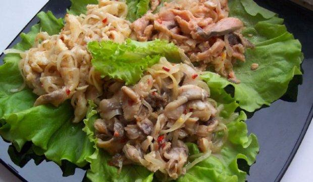 Салат из маслят с хреном