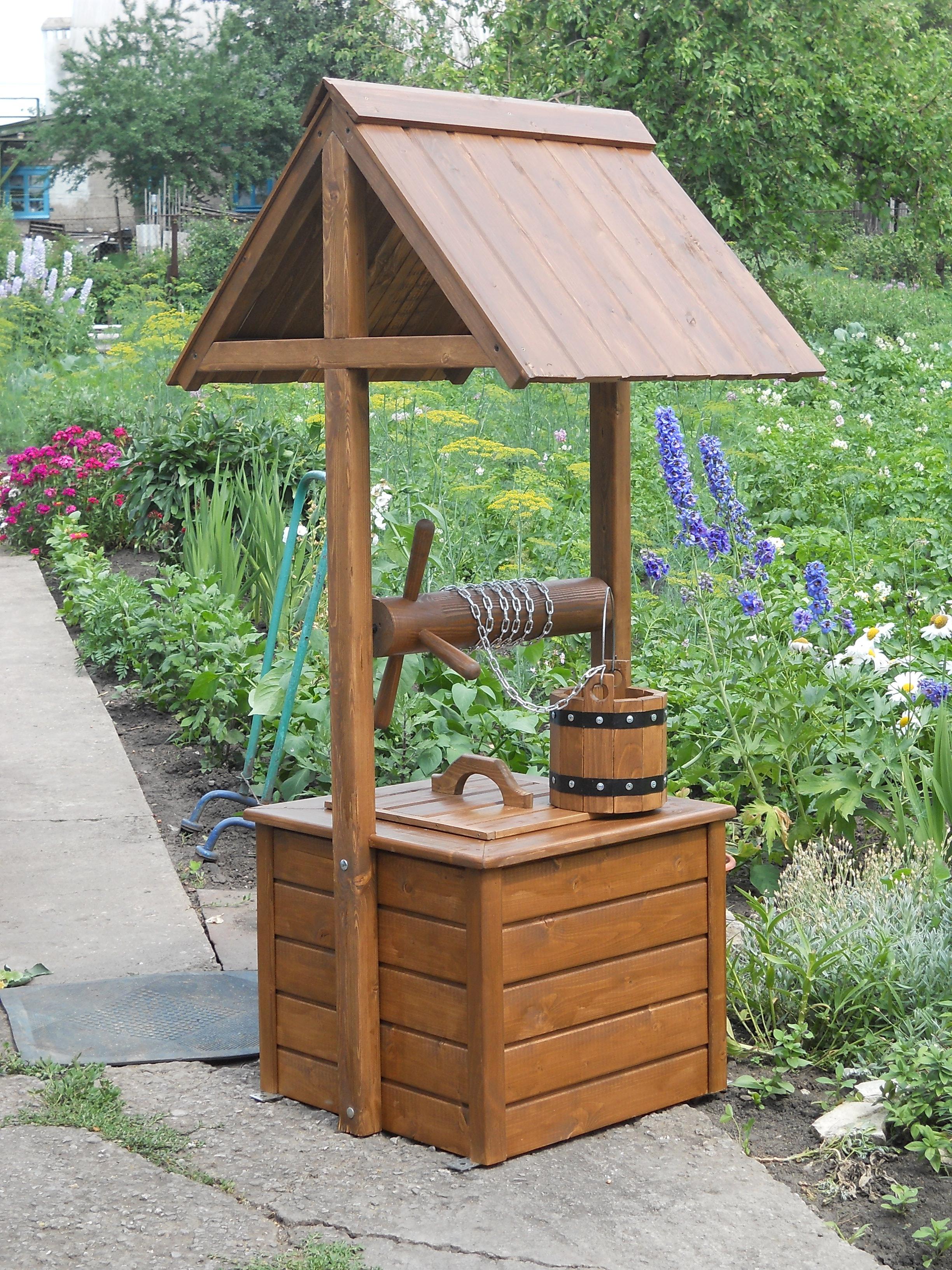 Как сделать декоративный колодец для сада своими