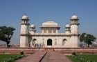 Сад при гробнице Итимада-уд-Даула