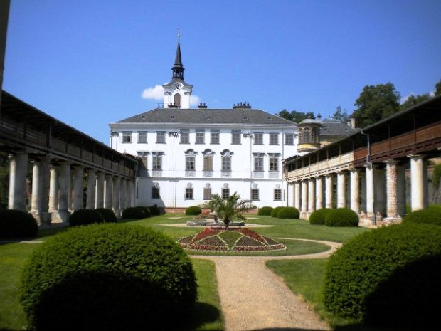 Замок Лысице