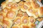 Булочки с сосисками и сыром в пароварке