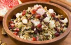 Маслята с овощным соусом в пароварке