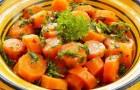Морковь, тушенная с зеленью и патиссоном в скороварке