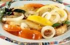 Осетр под овощным соусом в пароварке