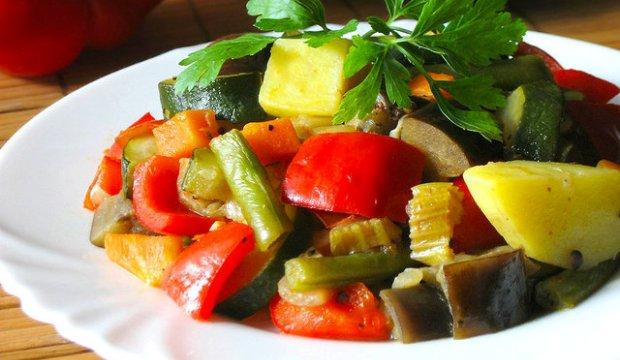 Рагу «Овощной пир» в скороварке