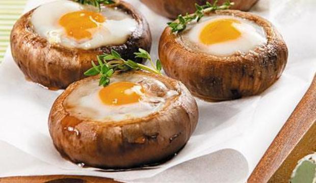 Шампиньоны с яйцами в пароварке