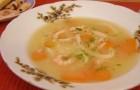 Суп из консервированных кальмаров в скороварке