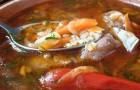 Суп из свинины с алычой в скороварке