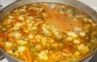 Суп из свинины с горохом и овощами в скороварке