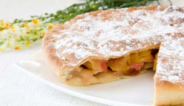 Цветаевский яблочно-творожный пирог в мультиварке