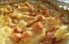 Запеченное мясо с картофелем и сыром в мультиварке