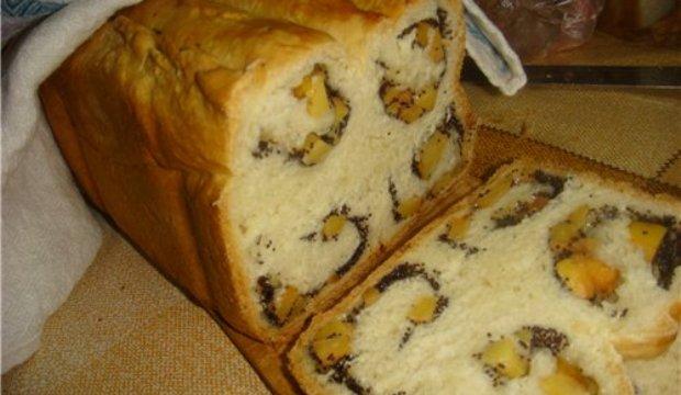 Завитушка с маком и сухофруктами в хлебопечке
