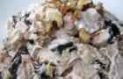Салат с яблоками, инжиром и натуральным йогуртом