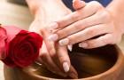 Аппликации из картофеля для смягчения кожи рук