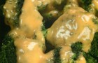 Брокколи в соусе беарнез