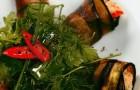 Рулетики из баклажанов с сыром и вялеными помидорами