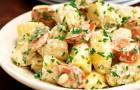 Салат из соевого мяса с картофелем и луком