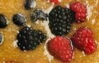 Суп из фейхоа с ягодами