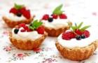 Тарталетки с творожным кремом и свежими ягодами