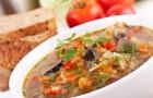 Язычки ягнят в пряном бульоне с соусом тартар