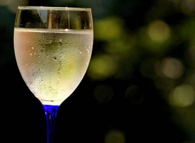 Вино березовое игристое