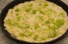 Пирог с луком-пореем и козьим сыром