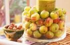 Композиция для стола из яблок