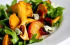 Салат из лисичек с сыром