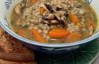 Суп крупяной с сушеными грибами