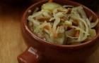 Салат из соленых грибов с луком