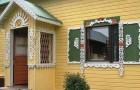 Окраска деталей домовой резьбы