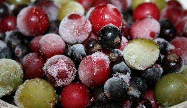 Сохраняются ли полезные свойства ягод при их быстром замораживании?