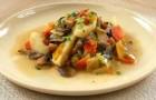 Грибы, тушенные с овощами в аэрогриле