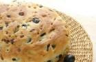 Хлеб с оливками и луком в хлебопечке