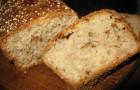 Медовый хлеб на йогурте в хлебопечке