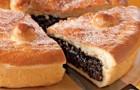 Пирог с черносливом в аэрогриле