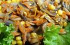 Шампиньоны с кукурузой и луком в скороварке