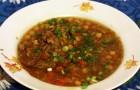Суп из баранины, моркови и сельдерея в скороварке
