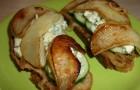 Тосты с грушами и персиками в пароварке