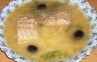 Уха из филе горбуши в скороварке
