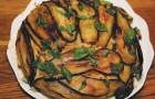 Вареная колбаса с баклажанами в скороварке